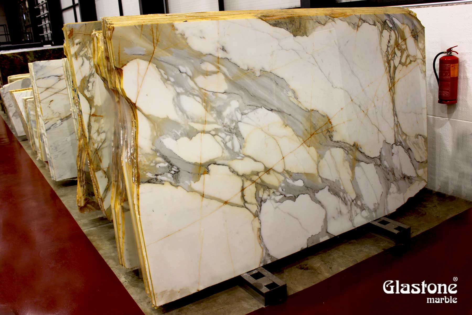 glastone marble marmol solerialaminado vidrio marmol natural calacatta borghini